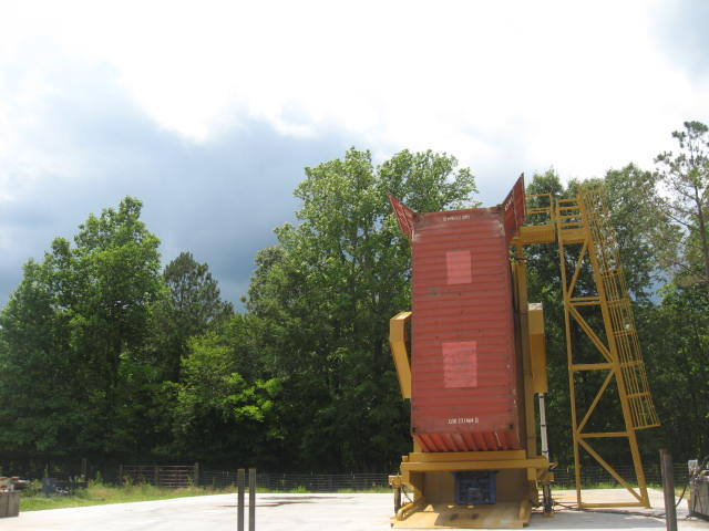 container-loader-2.JPG